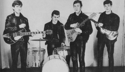 The-Beatles-1961-the-beatles-12611904-500-289.jpg